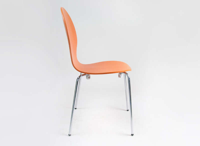 Chaise empilable galbée Orange SEDIA