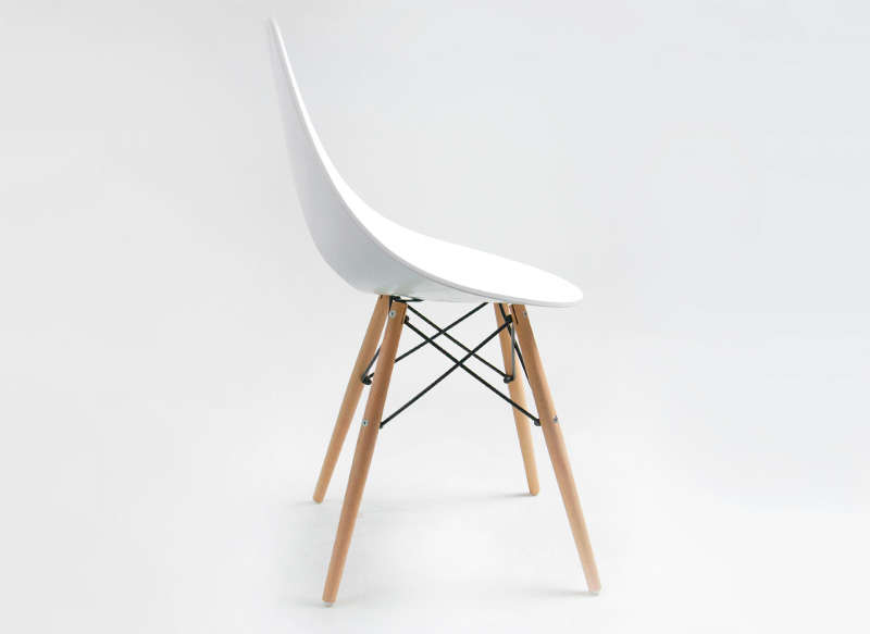 Chaise cuisine blanche et bois for Chaise scandinave fly