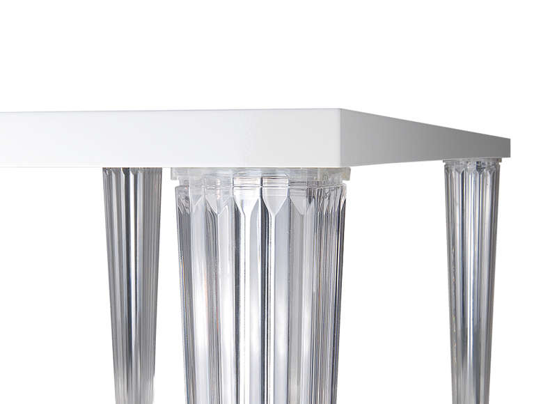 Table design en polycarbonate lulu achatdesign for Pietement de table design