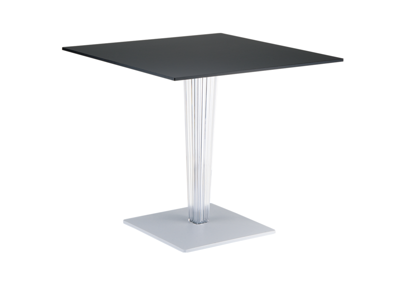 Table de salle manger carr e lulu achatdesign for Table de salle a manger carree