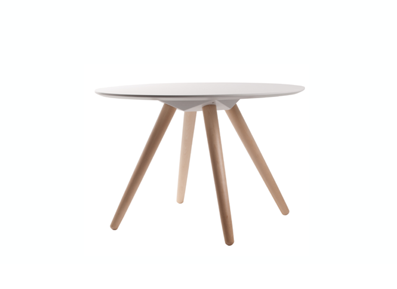 Table basse ronde pied en bois beta achatdesign - Table blanche pied bois ...