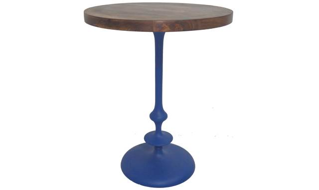 table-bois-manguier-pied-bleu-mira-laurie-lumiere