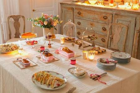 Conseils d co pour un brunch en ville achatdesign for Table familiale