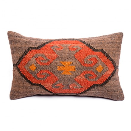 coussin-kilim-rouge