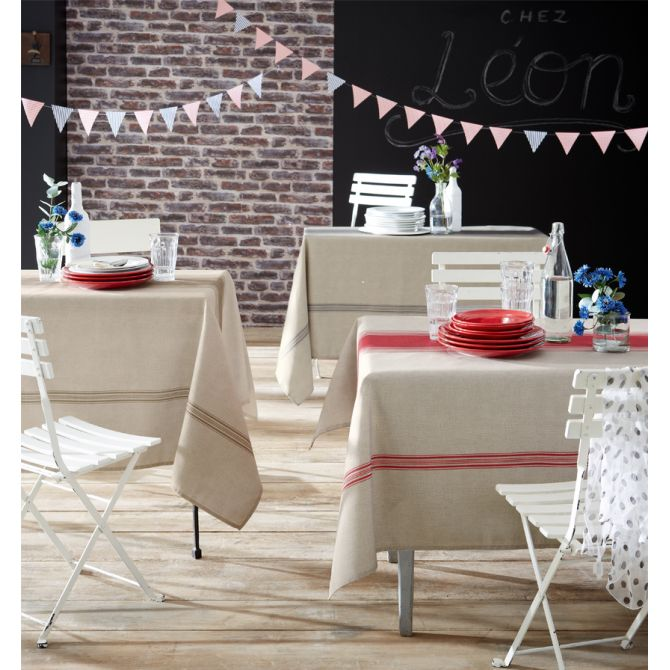 nappe bistrot blanche et rouge